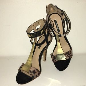 NWOT F21 Leopard Black Gold Chrome Heeled Sandals
